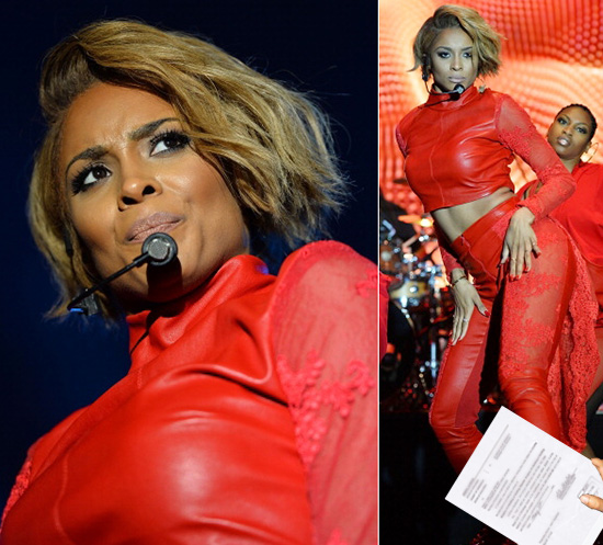 ciara-served-while-onstage_550x547