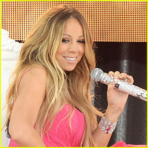 mariah-carey-delays-upcoming-album